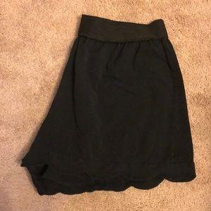 EUC ASOS Scalloped Shorts